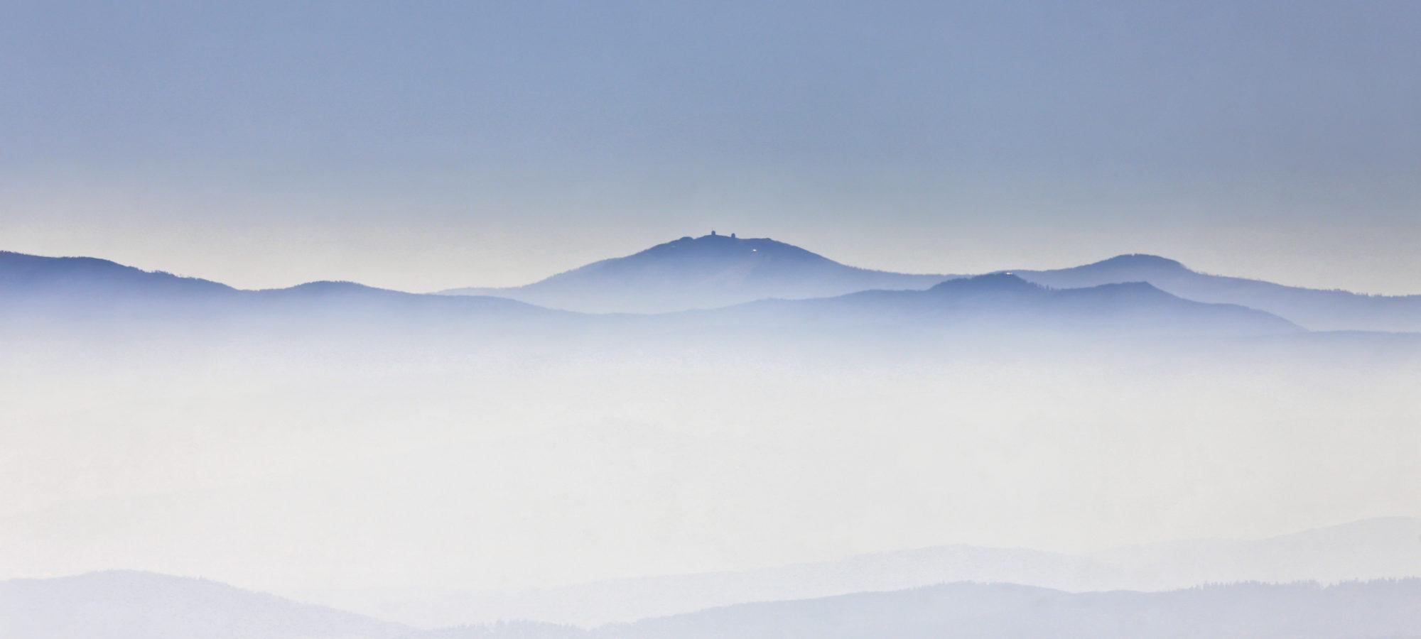 Großer Arber im Nebel