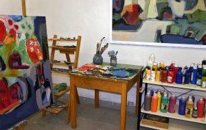 Blick in ein Maleratelier