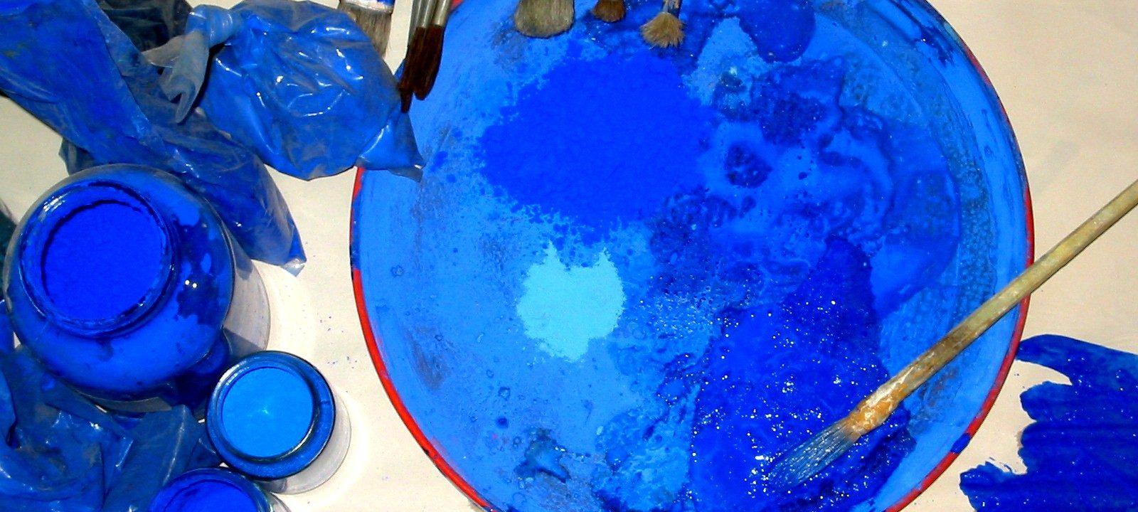Farbpalette mit verschiedenen Blau-Tönen