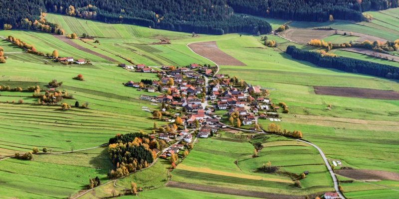 Das Dorf Gehmannsberg aus der Vogelperspektive